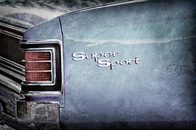 1967 Chevrolet Chevelle Ss Super Sport Taillight Emblem -0288ac Poster by Jill Reger