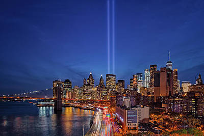 911 Tribute In Light In Nyc Poster