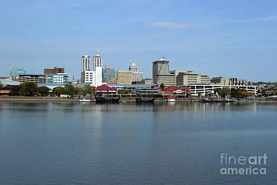 Peoria Riverfront - Pinta - Nina And Replica Poster