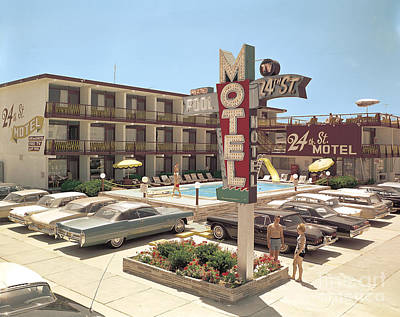 24th Street Motel, North Wildwood, Nj 1960's Neon Sign, Old Cars And Bathing Suits Poster