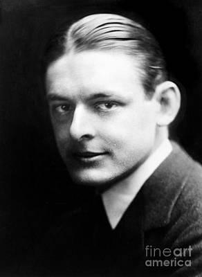T.s. Eliot (1888-1965) Poster