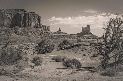 #3326 - Monument Valley, Arizona Poster