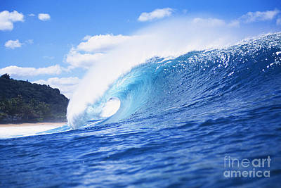 Perfect Wave At Pipeline Poster by Vince Cavataio - Printscapes