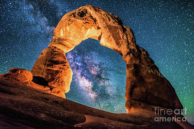 A Portal To The Milky Way At Delicate Arch Poster