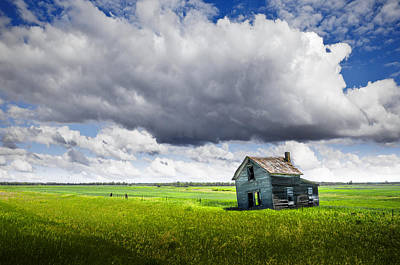 Abandoned Farm House On Prairie Poster