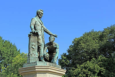 Abraham Lincoln Freeing A Slave At The Emancipation Memorial -- 1 Poster