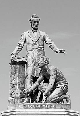Abraham Lincoln Freeing A Slave At The Emancipation Memorial -- 4 Poster