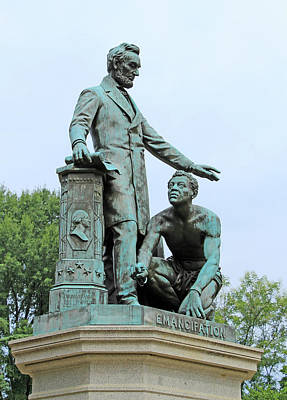 Abraham Lincoln Freeing A Slave At The Emancipation Memorial -- 5 Poster