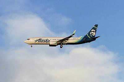 Alaska Airlines Boeing 737-890 Poster