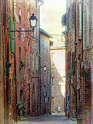 Alley View 2 Citta Della Pieve Umbria Poster by Dorothy Berry-Lound