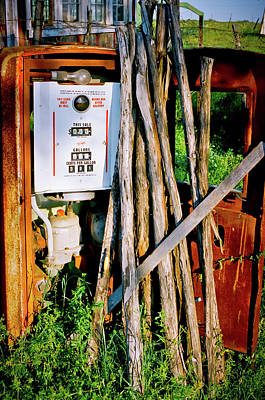 Antique Gas Pump Poster by Linda Unger