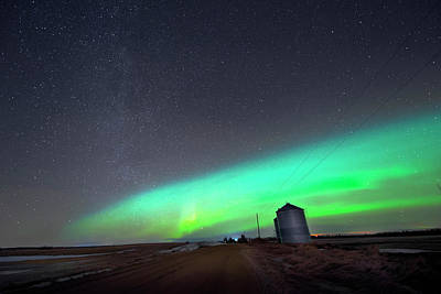 Poster featuring the photograph Arc Of The Aurora by Dan Jurak