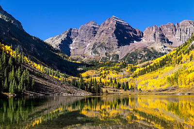 Autumn Morning At The Maroon Bells Poster by Teri Virbickis