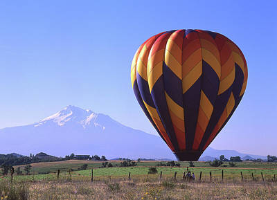 Balloon And Mt. Shasta Poster by Jim Nelson