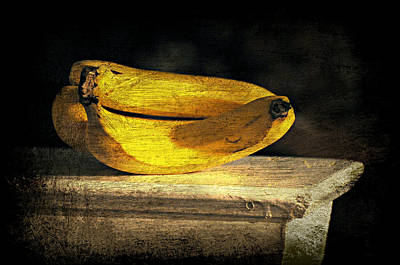 Poster featuring the photograph Bananas Pedestal by Diana Angstadt
