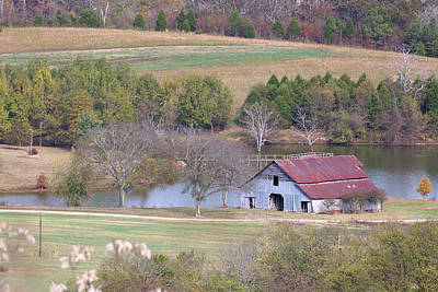 Barn On The Natchez Trace Parkway In Tennessee Poster