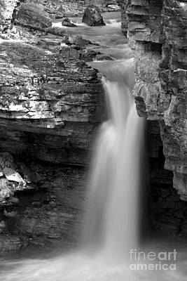 Beauty Creek Stanley Falls Black And White Poster