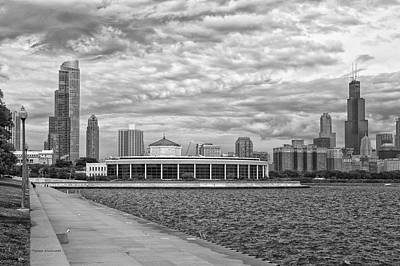 Before The Spring Storm Chicago Shedd Aquarium Bw 01 Poster