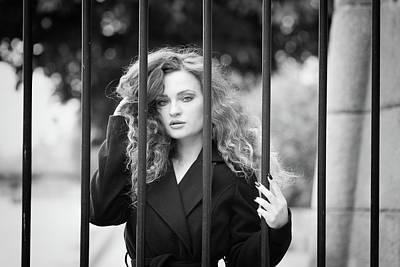 Behind Bars, Paris Poster