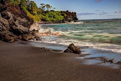 Black Sand Beach Maui Poster by Shawn Everhart
