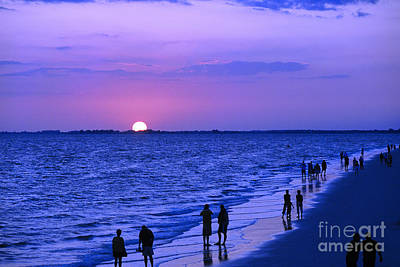 Blue Sunset On The Gulf Of Mexico At Fort Myers Beach In Florida Poster