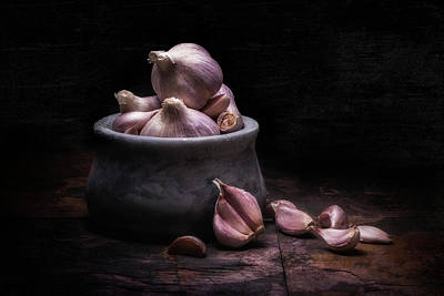 Bowl Of Garlic Poster by Tom Mc Nemar