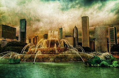 Poster featuring the photograph Buckingham Fountain by Joel Witmeyer
