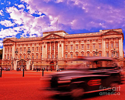 Buckingham Palace With Black Cab Poster by Chris Smith