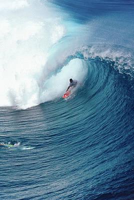 Bue Drainer - Tahiti Poster by Sean Davey