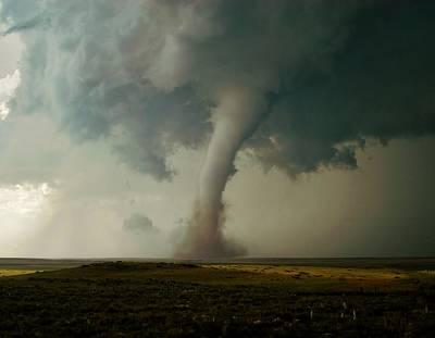 Campo Tornado Poster