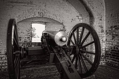 Cannon In Fort Pulaski In Black And White Poster