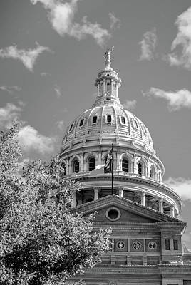 Capitol Of Texas - State Building - Austin Texas Black And White Poster by Gregory Ballos