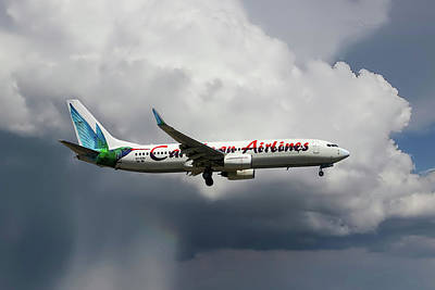 Caribbean Airlines Boeing 737-8q8 Poster