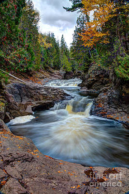Cascade Falls North Shore Of Lake Superior Minnesota Poster by Wayne Moran
