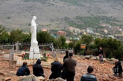 Catholic Pilgrim Worshipers Pray To Virgin Mary Medjugorje Bosnia Herzegovina Poster