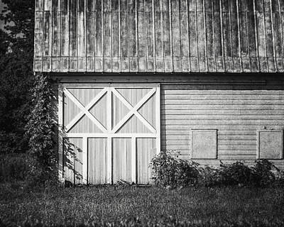 Charlton School Barn In Black And White Poster