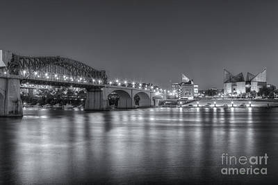 Chattanooga Market Street Bridge At Twilight II Poster by Clarence Holmes