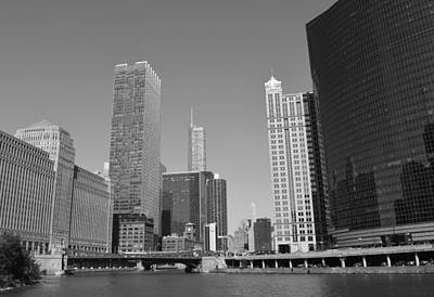 Chicago River At Franklin Street Bridge B N W Poster by Richard Andrews
