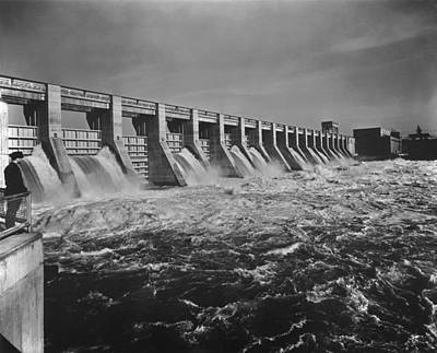 Chickamauga Dam Spillway Was Built Poster by Everett