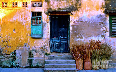 Chinese Facade Of Hoi An In Vietnam Poster