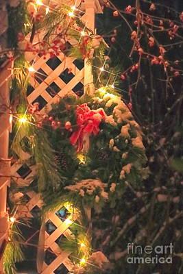 Christmas Wreath Poster by Elizabeth Dow