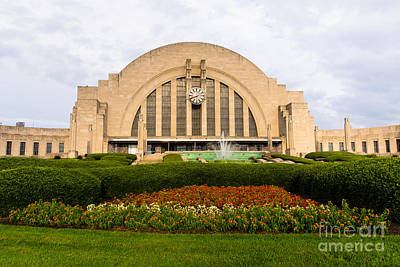 Cincinnati Museum Center At Union Terminal Poster by Paul Velgos