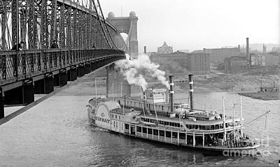 Cincinnati Suspension Bridge And Steamboat 1906 Bw Poster by Padre Art