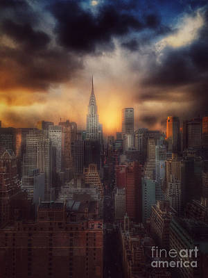 City Splendor - Sunset In New York Poster by Miriam Danar