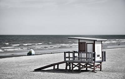 Cocoa Beach - Life Guard Shack - Florida - B/w Poster
