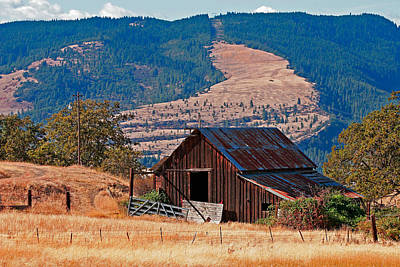 Columbia River Barn Poster