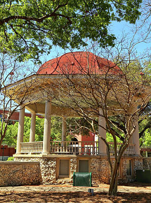 Comal County Gazebo In Main Plaza Poster