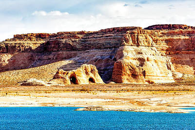 Coves On Shore Of Lake Powell Poster by Susan Schmitz