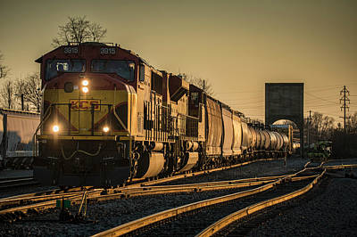 Csx Q555 Departs Doyle Yard At Owensboro, Ky Poster by Jim Pearson