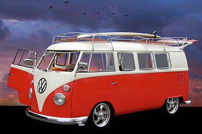 Das Bus Poster by Bill Dutting